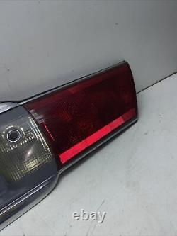 00-05 Buick Lesabre Trunk Center Tail Light Tail Lamp Panel Assemblage M197